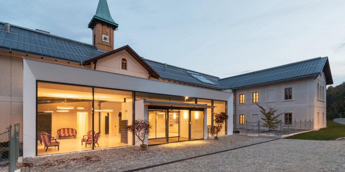 Refugium Hochstrass, Hotel, Umbau